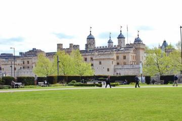 The Tower of London in London, England, jetsettingfools.com