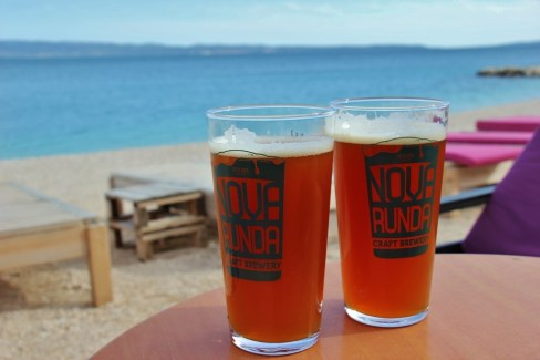 Glasses of Nova Runda craft beer at Plan B Pub in Split, Croatia
