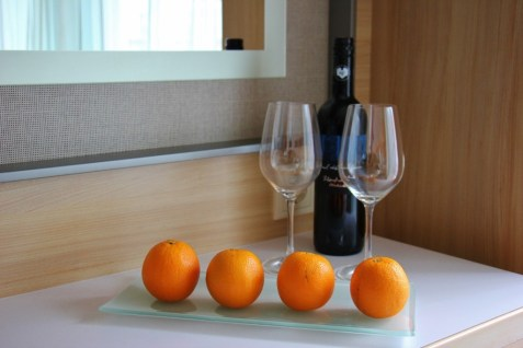 Welcome fruit and wine in Veranda Stateroom, Viking Magni Longship, Amsterdam to Budapest cruise