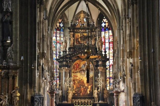 Altar at St. Stephen's Catedral in Vienna, Austria