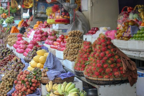 Beautiful displays at fruit vendor stalls at Old Market in Phnom Penh, Cambodia