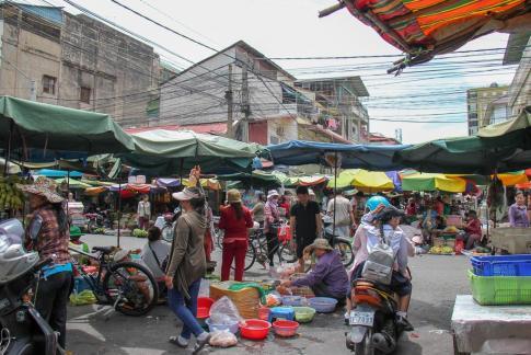 Street vendors at Orussey Market in Phnom Penh, Cambodia