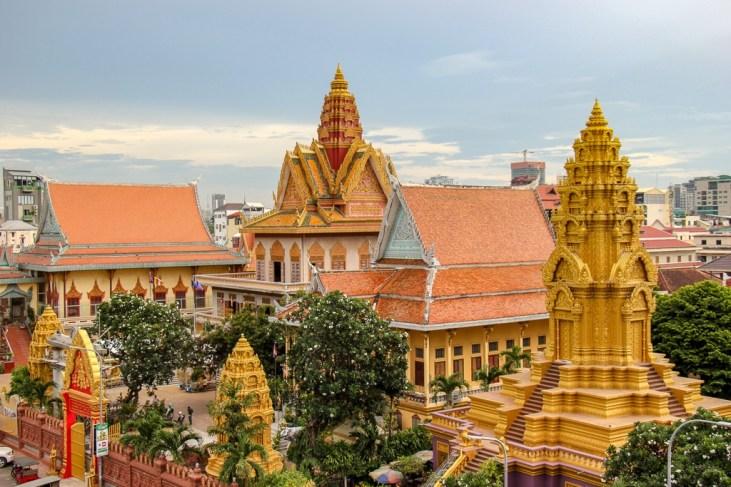 Colorful Wat Ounalom temple in Phnom Penh, Cambodia