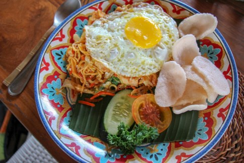 Colorful plate of Mie Goreng at Tigerlily's Restaurant on Nusa Lembongan, Bali, Indonesia