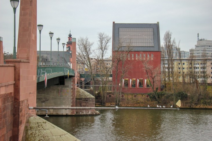 Alte Brucke Old Bridge and Portikus Art Museum in Frankfurt, Germany
