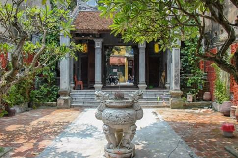 Quiet Dinh Kim Ngan Temple in Hanoi, Vietnam
