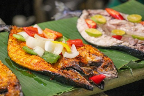 Fresh seafood off the grill, Ben Thanh Streetfood Market, Vietnam