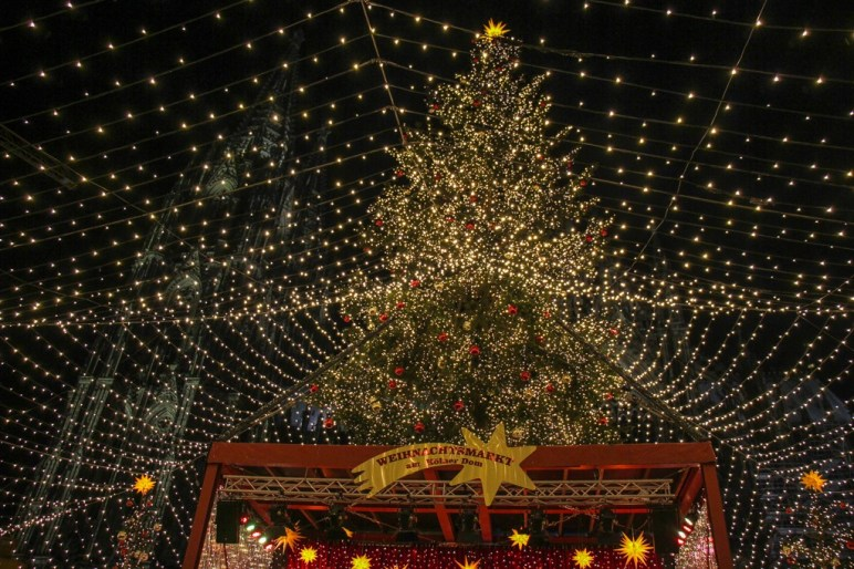 Main Christmas Market, Cologne, Germany