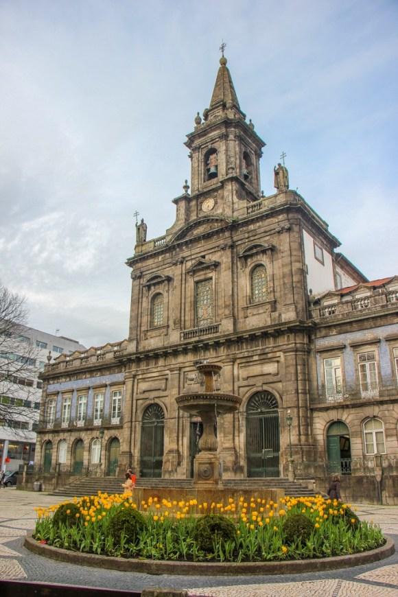 Igreja da Santissima Trindade, Porto, Portugal