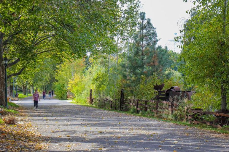 Relaxing walk on the Centennial Trail Walk, Spokane, WA