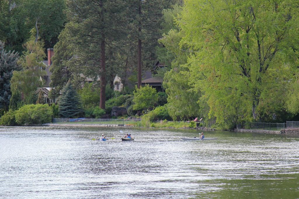Watersports on Mirror Pond, Bend, Oregon