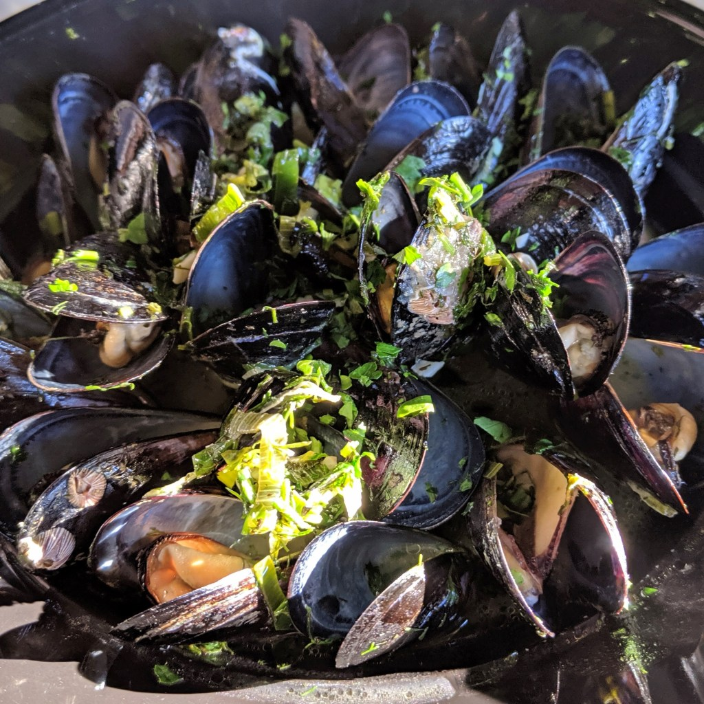 Steamed mussels at aroma restaurant