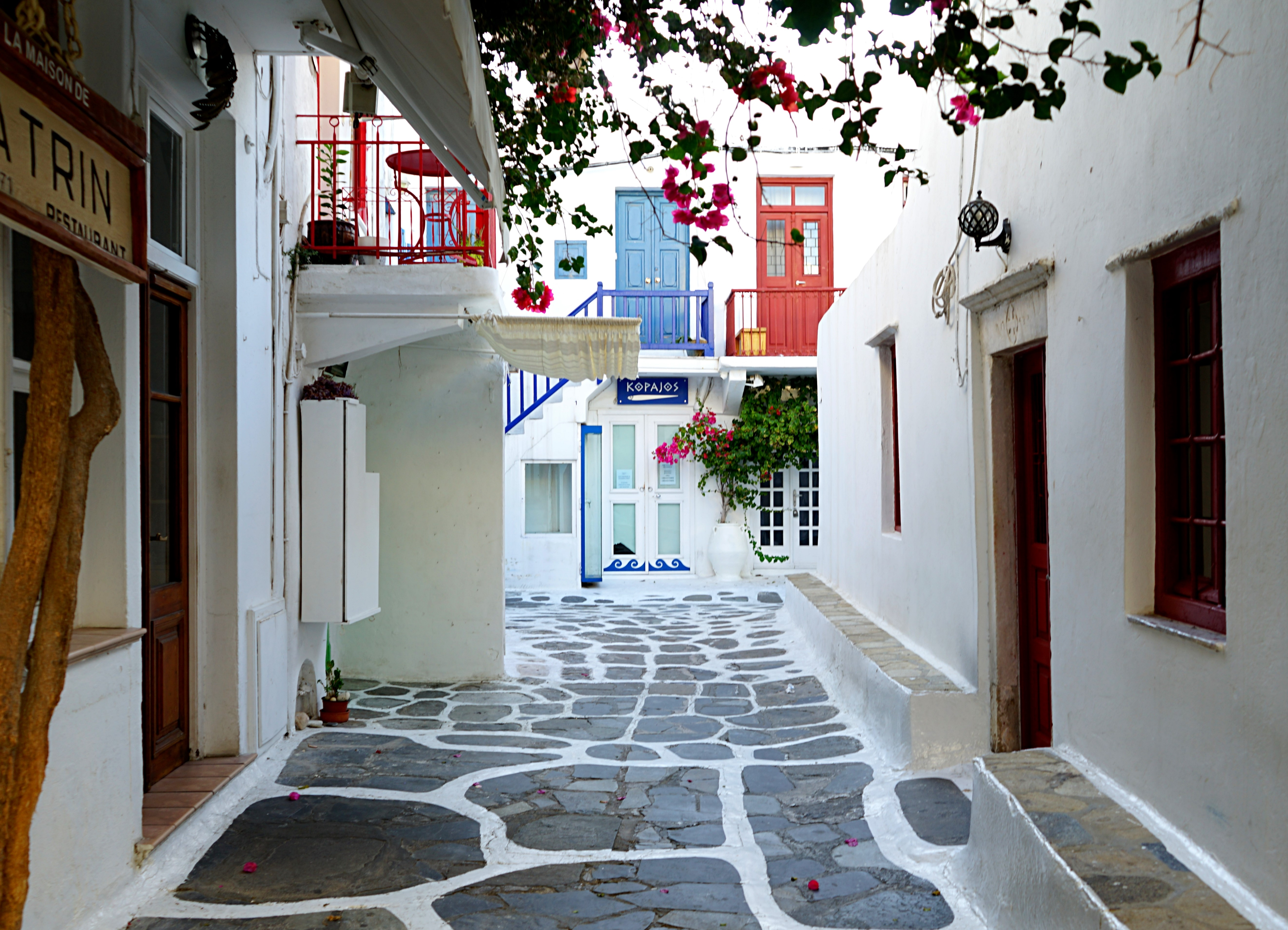 where-to-stay-in-mykonos
