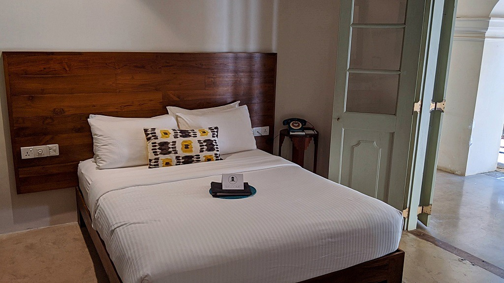 The Bartizan hotel: bedroom
