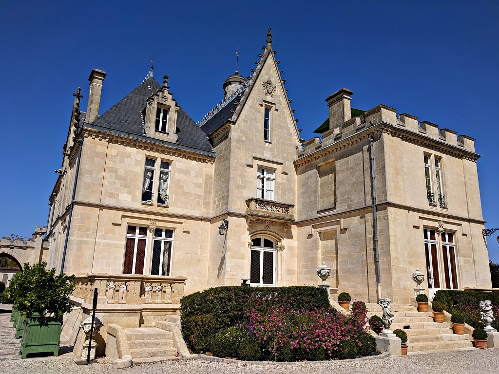 chateau-pape-clement-vineyard-tour
