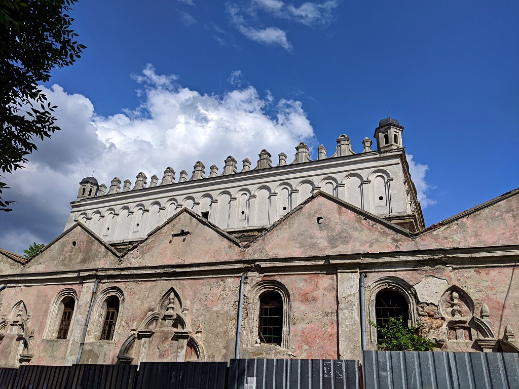 A Day Trip From Lviv To Zhovkva: Ruins of the synagogue