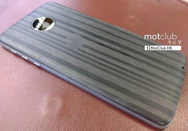 Moto Mods-3