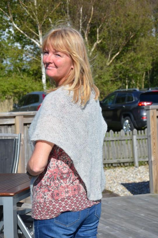 """Det tog """"bara"""" två år Annika, men nu är sjalen klar! Fin va! :-)"""