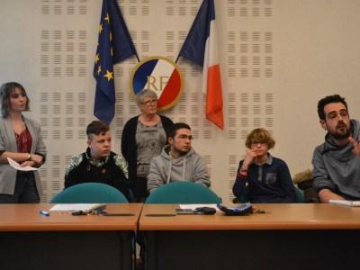 Participation des jeunes au Conseil Municipal de Truyes !