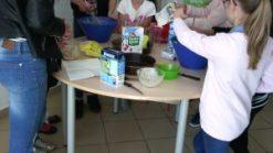 Vente de gâteaux pour la semaine irlandaise à Truyes