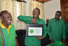 Makongoro Nyerere Akichukua Fomu ya Kuwania Urasi 2015 Kupitia CCM