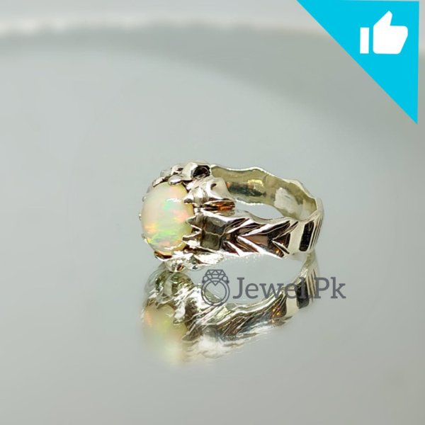 Beautiful Natural Opal Ring in Silver 925