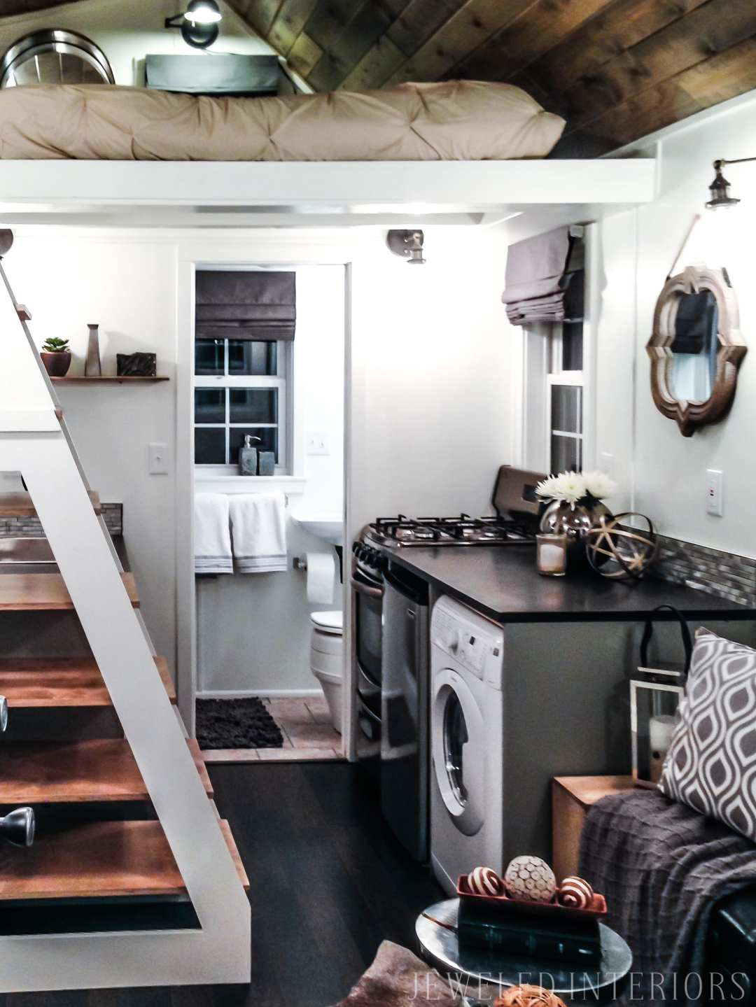 A Rusticly Chic TINY HOUSE- You have got to see this beauty!