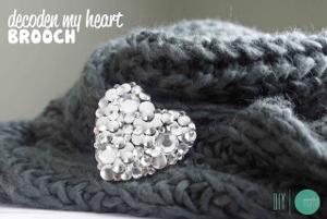 Decoden Heart Brooch