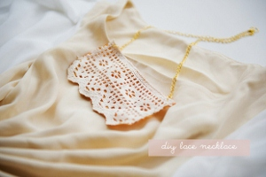diy-lace-necklace (300x200)