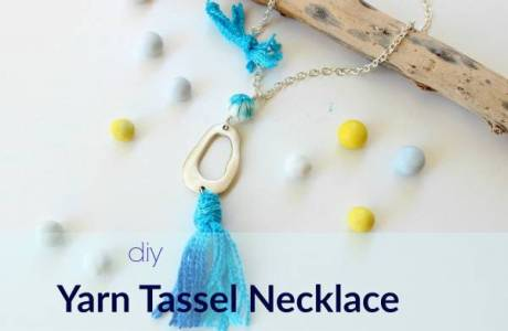 Yarn Tassel Necklace Tutorial
