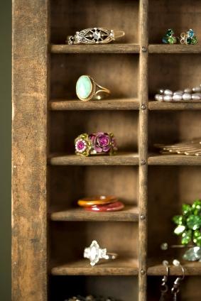 Unique Jewelry Display : unique, jewelry, display, Successful, Jewelry, Displays, Making, Journal
