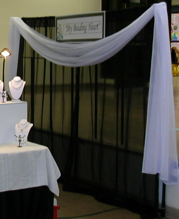 make your own jewelry booth backdrop