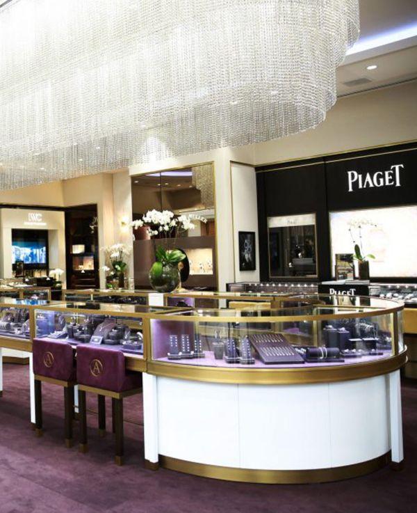 Luxury Retail Unique Jewelry Displays Showcase Depot