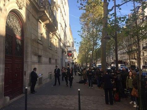kim-kardashian-paris-attack-scene-4