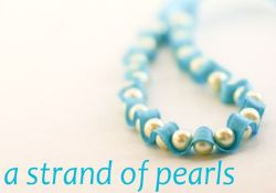 DIY pearls and ribbon necklace