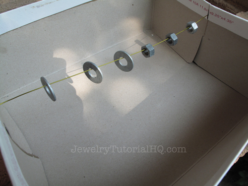DIY Washer Pendant tutorial - spray painting the washers
