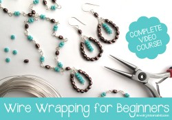 Wire wrapping for beginners: learn to make beautiful wire wrapped jewelry from scratch with jewelry expert Jessica Barst from JewelryTutorialHQ.com!