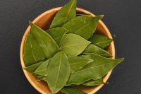 banish and transform negative energy with bay leaves