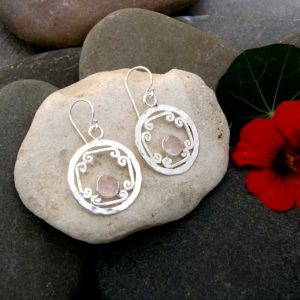 Rose Cut Rose Quartz Scroll Earrings www.etsy.com/shop/anitashultz