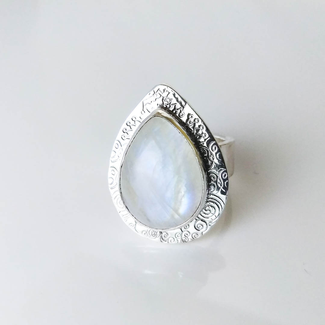 fcca78be2e Rainbow Moonstone Pear Shaped Textured Silver Power Ring ...