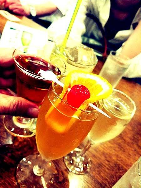 神谷バーの電気ブランとハチワイン