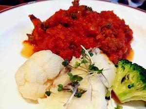 レストランキエフ牛肉のトマトソース