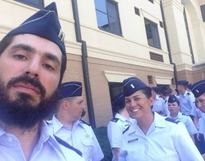 Lubavitch Rabbi Elie Estrin Becomes First Chabad Officer in U.S. Air Force History