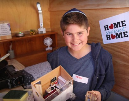 This Kid Just Invented Environmentally Friendly Portable Homeless Shelter & Other Orthodox Jews in the News