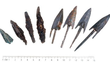Bronze arrowheads at the recently discovered Greek fortress. Photo credit IAA