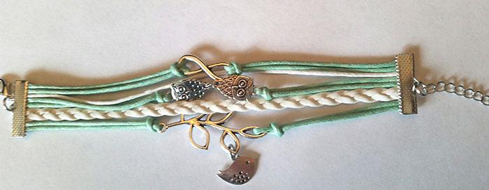 mint-friendship-bracelet