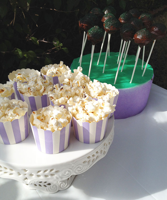 popcorn-and-cakepops