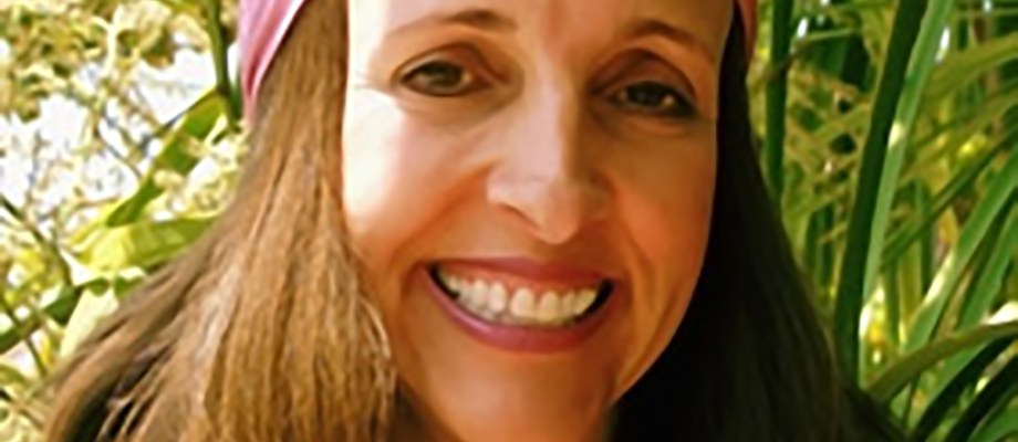 Robin Saex Garbose in Jewish Latin Princess Podcast
