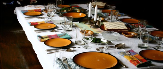 Passover Table 2, by April Killingsworth, from Flickr.com under Creative Commons 2.0 license.