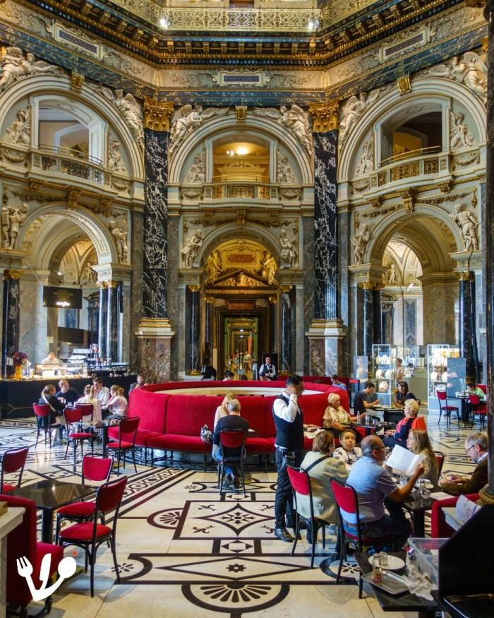 Café Kunsthistorisches Musum Wien coffeehouse Vienna